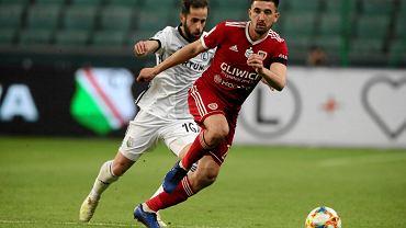 Legia Warszawa - Piast Gliwice 0:1. Luis Rocha goni Martina Konczkowskiego