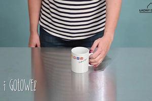 Jak wyczyścić kubek z osadu z kawy lub herbaty? Przetestowaliśmy 3 popularne metody