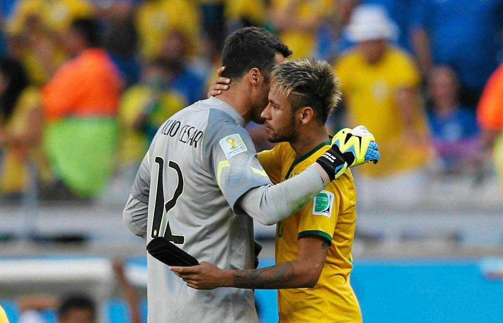 Julio Cesar i Neymar. Brazylia - Chile 1:1 (3:2 w karnych)
