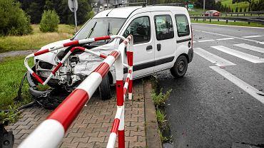 Wyłudzacze wciąż najczęściej próbują uzyskać nienależne odszkodowania z polis samochodowych.