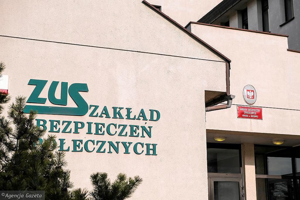 ZUS. Rekordowa liczba ubezpieczonych cudzoziemców w Polsce (zdjęcie ilustracyjne)