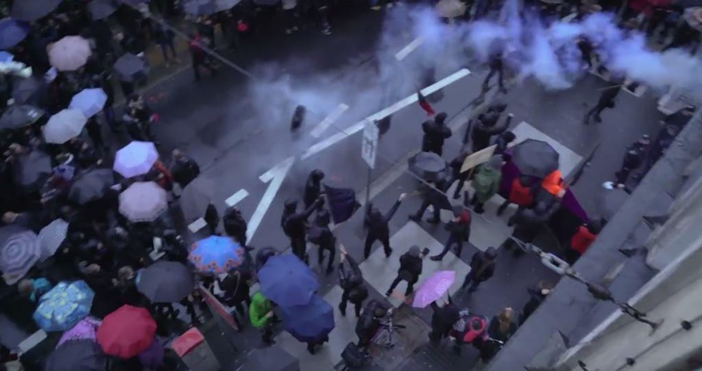 Zamieszki po czarnym proteście w Poznaniu