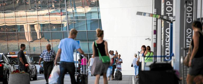 Lotnisko Chopina przebiło barierę 10 mln pasażerów. Ale w lipcu spadek