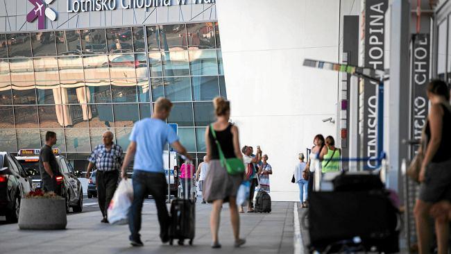 Lotnisko Chopina przebiło barierę 10 mln pasażerów. Ale w lipcu spadek. Przez uziemione boeingi
