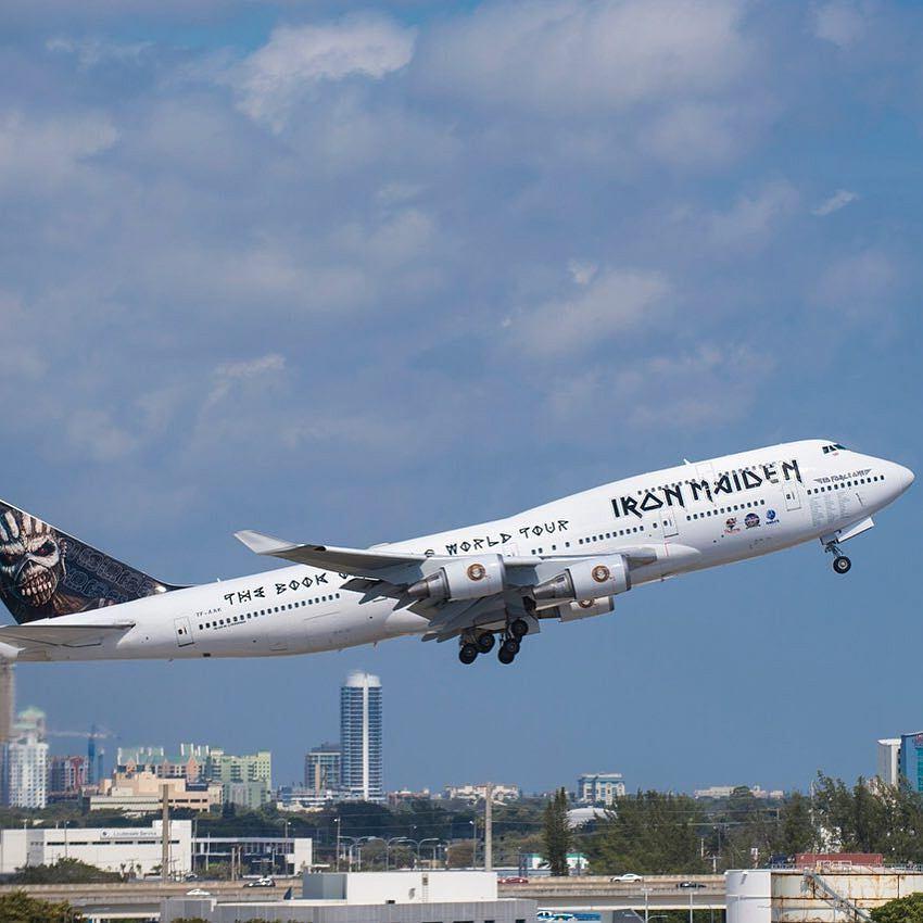 Samolot Iron Maiden poważnie uszkodzony