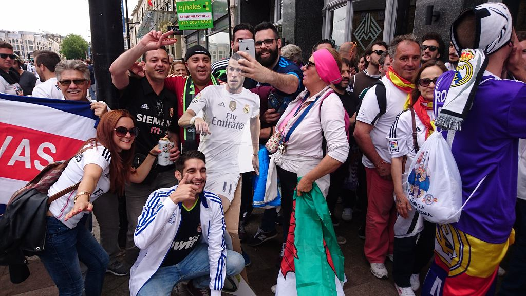 Gareth Bale przed finałem w Cardiff jest wszędzie