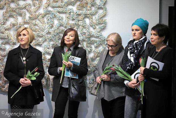 Zdjęcie numer 20 w galerii - Osiem kobiet w Konduktorowni. Tak naprawdę było ich więcej [ZDJĘCIA Z WERNISAŻU]