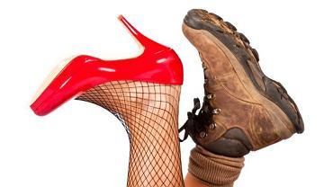 """Odpowiednio dobrane obuwie to nie tylko kwestia wygody, ale przede wszystkim zdrowia. Konsekwencje noszenia """"złych"""" butów bywają odległe i nie dotyczą tylko nóg"""