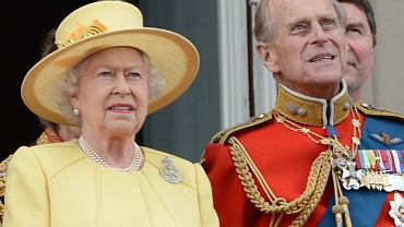 Królowa Elżbieta - dzieci i porody. Gdy rodziła, książę Filip grał w squasha