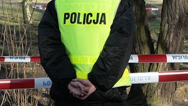 Policjanci w lesie w Boreczku odnaleźli zwęglone zwłoki. (Zdjęcie ilustracyjne)