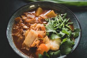 Co przyrządzić z kimchi. 3 przepisy Grzegorza Łapanowskiego