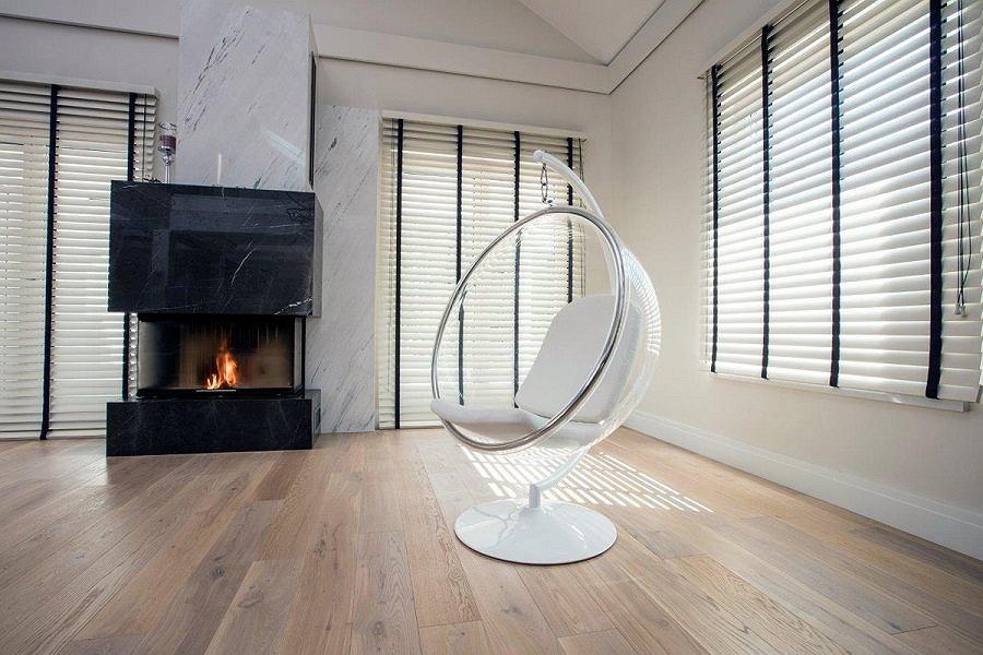 Żaluzje drewniane to jedne z najmodniejszych i najlepszych modeli na rynku.