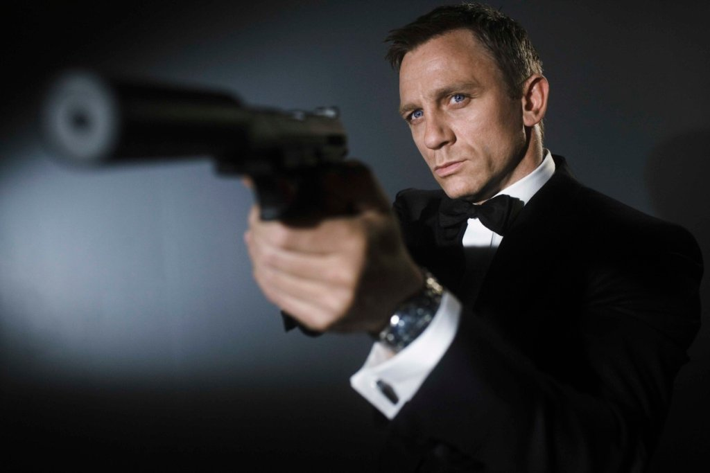 Daniel Craig - New James Bond movie Casino Royale / q