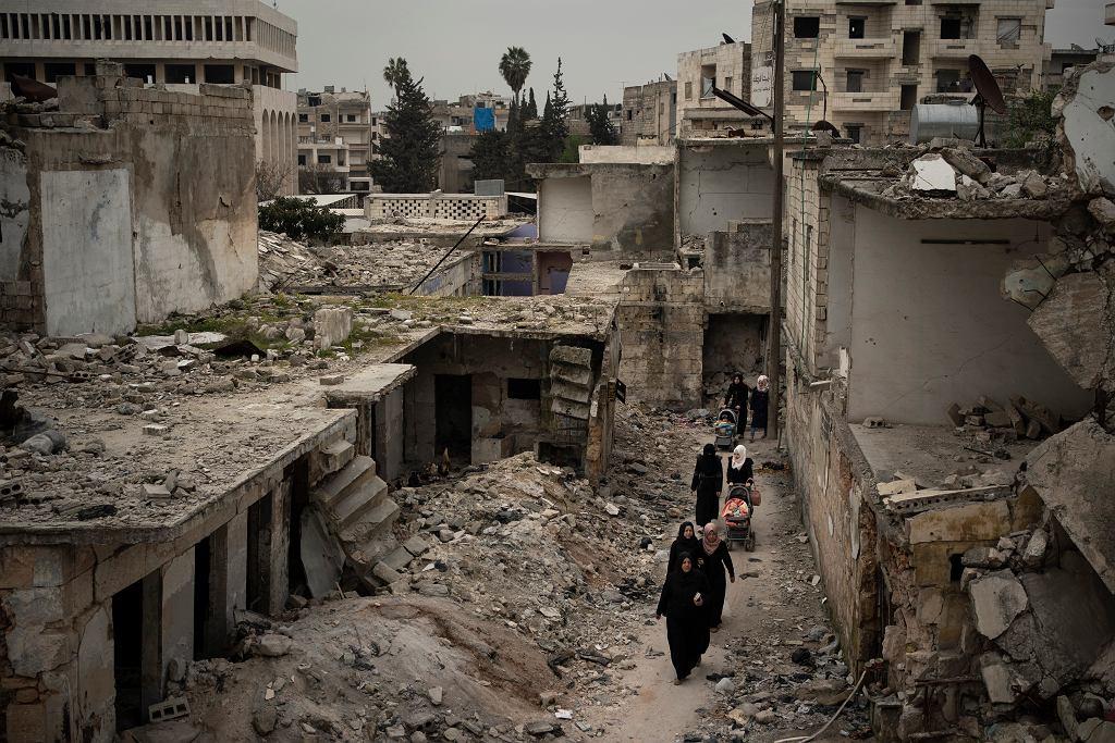Zniszczone domy w Syryjskim Idlibie