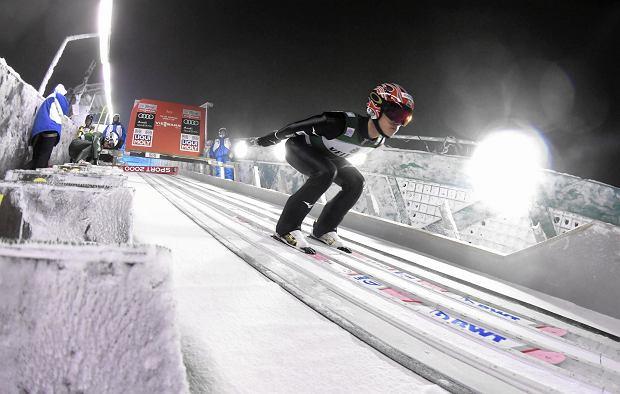 Kwalifikacje w Kuusamo odwołane! Na skoczni szaleje wiatr