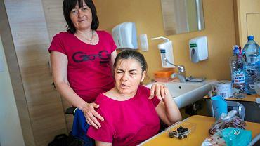 Oksana wraz z siostrą w poznańskim szpitalu
