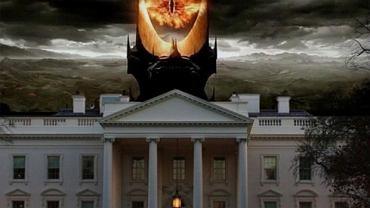 Ujawnienie przez Edwarda Snowdena, że amerykańska Agencja Bezpieczeństwa Narodowego (NSA) zbiera informacje dotyczące milionów połączeń od giganta telekomunikacyjnego - firmy Verizon - wywołało ogromny skandal w USA. Zaniepokojeni o swoją prywatność internauci zareagowali momentalnie. Szydząc z prezydenta Obamy i NSA.