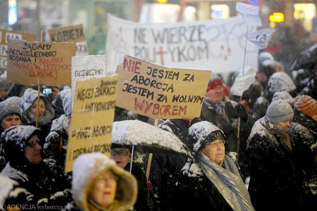 Strajk kobiet w Katowicach