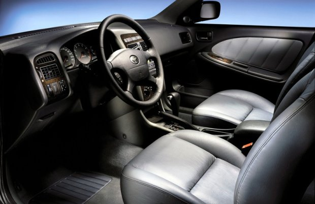 Toyota Avensis (2000 r.)
