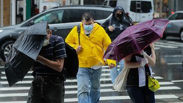 W Nowym Jorku wzrasta liczba zakażeń wśród młodych ludzi