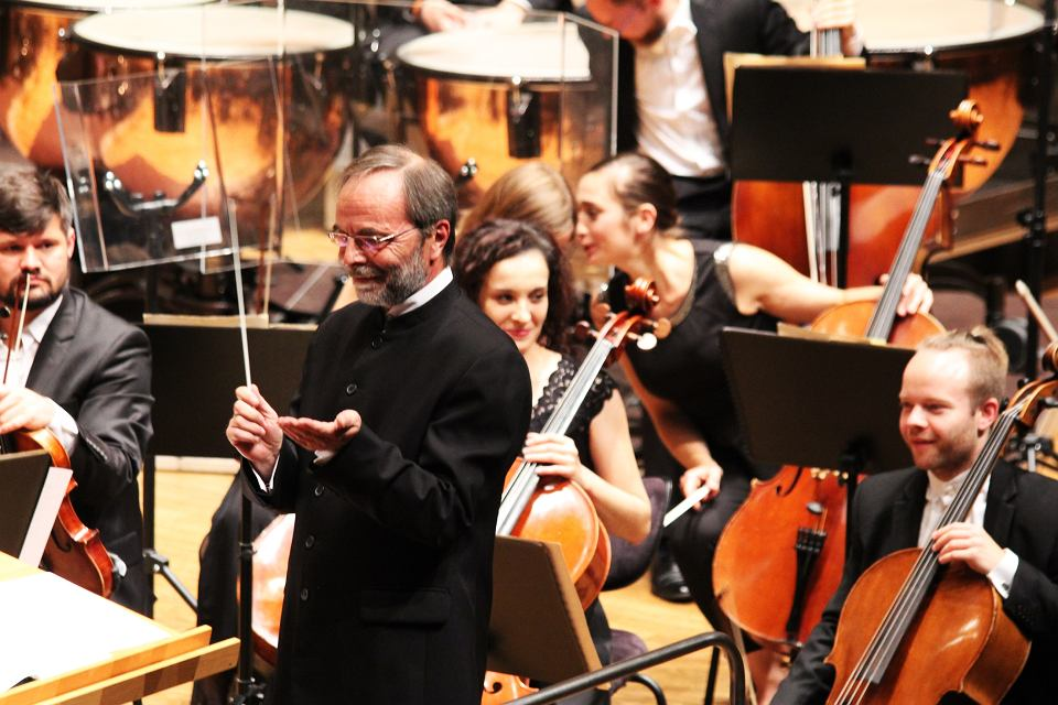 Jacek Kraszewski i Orkiestra Filharmonii Gorzowskiej