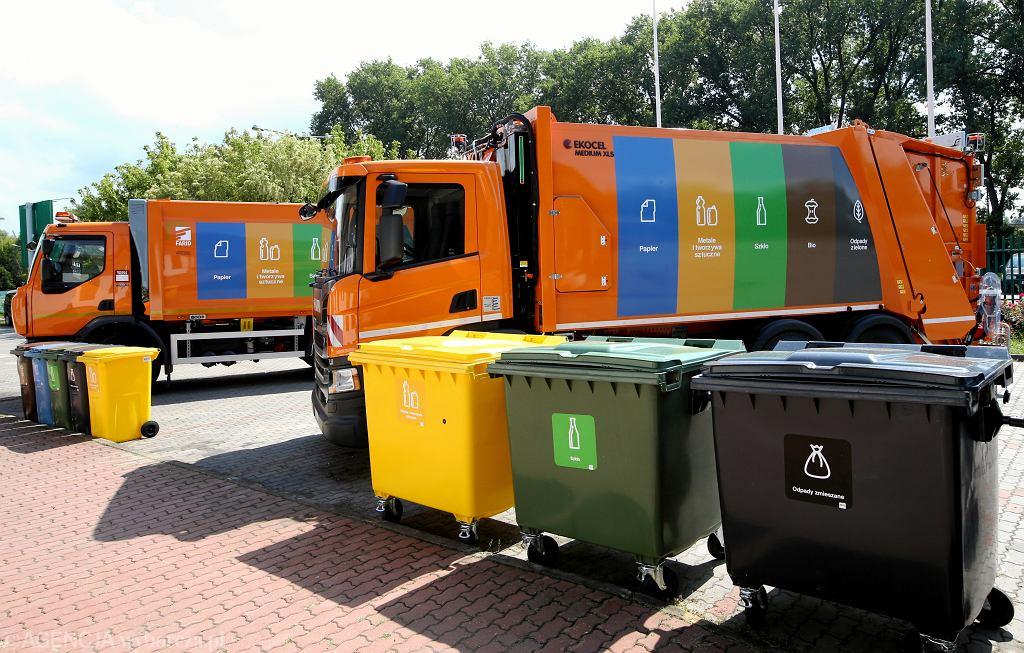 UOKiK sprawdził, dlaczego odbiór śmieci jest coraz droższy (zdjęcie ilustracyjne)