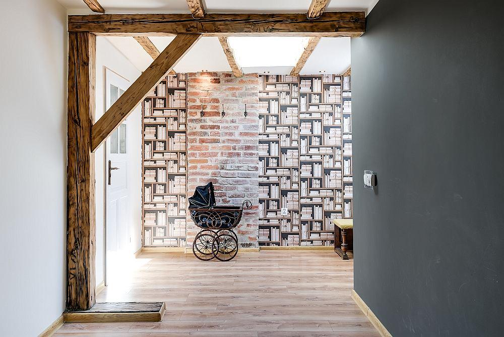 Klimatyczne Mieszkanie Na Poddaszu Wrocławskiej Kamienicy