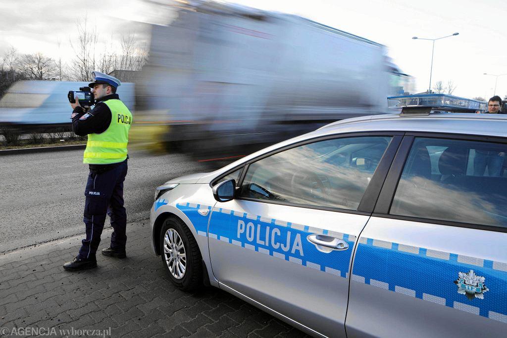 Kontrola policji (zdjęcie ilustracyjne)