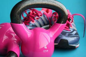 Mała domowa siłownia - w jaki sprzęt ją wyposażyć? Podpowiadamy, w co warto inwestować