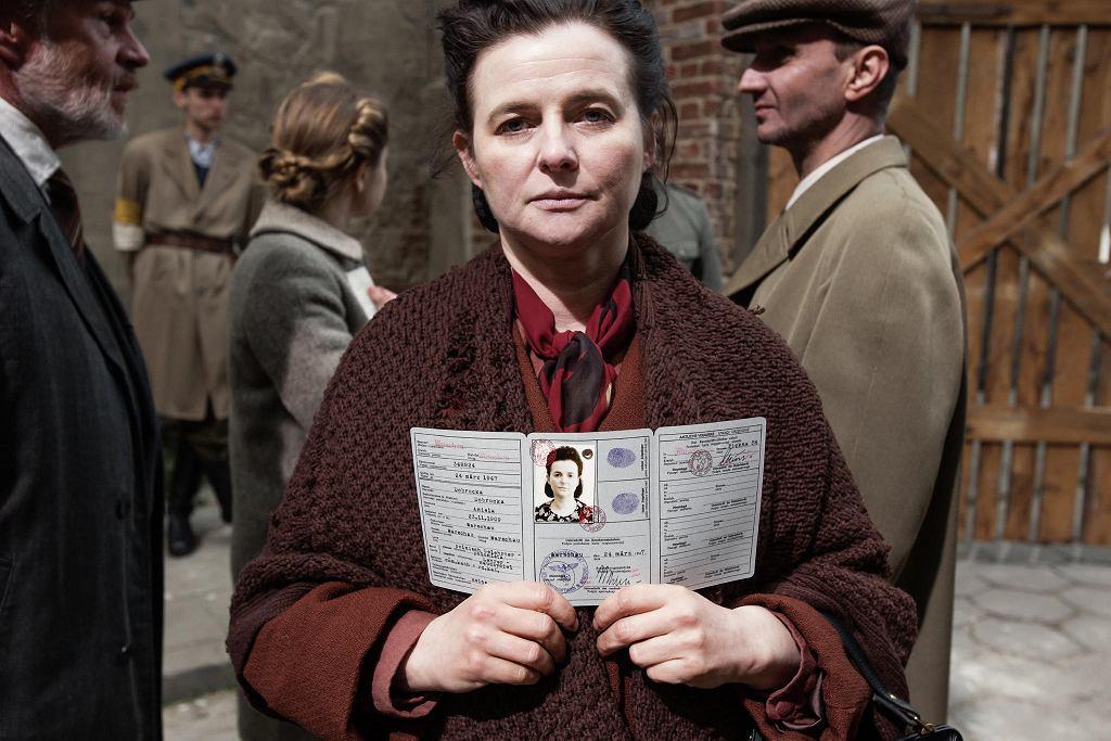'Kto napisze naszą historię'. Jowita Budnik jako  Rachela Auerbach  / ANNA WŁOCH