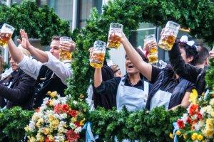 Jak przetrwać Oktoberfest 2015? [PORADY]