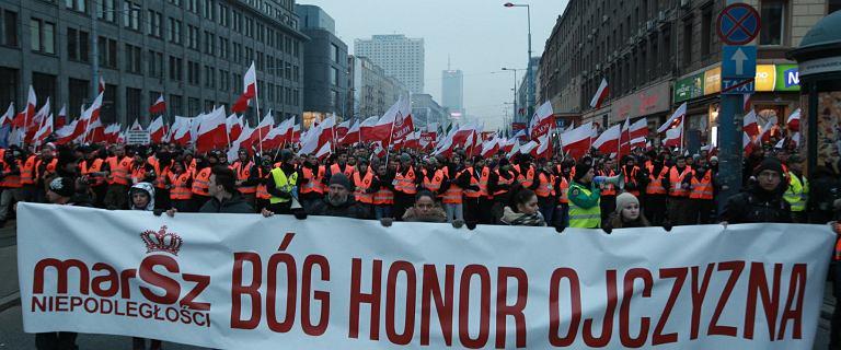 Rząd i TVP milczą o nacjonalistach na marszu, ci się oburzają