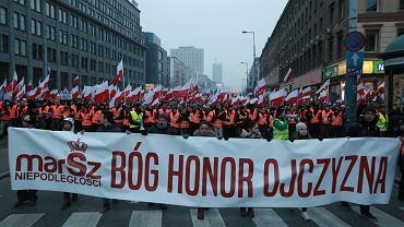 Marsz Niepodległości na ulicach Warszawy