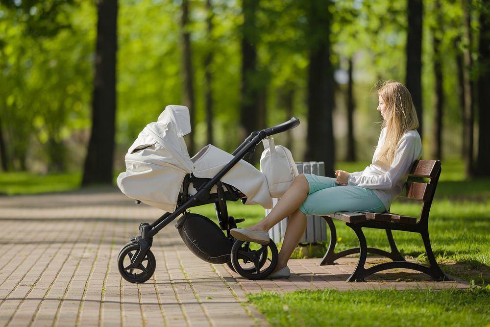 Urlop macierzyński 2021 czeka zmiany. Nie wszystkie mamy dostaną zasiłek?