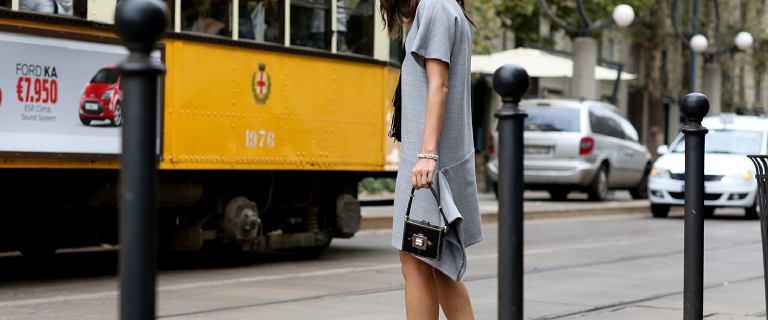 Sukienki basic pokocha każda kobieta ceniąca styl i wygodę! Te modele kupisz na wyprzedaży!