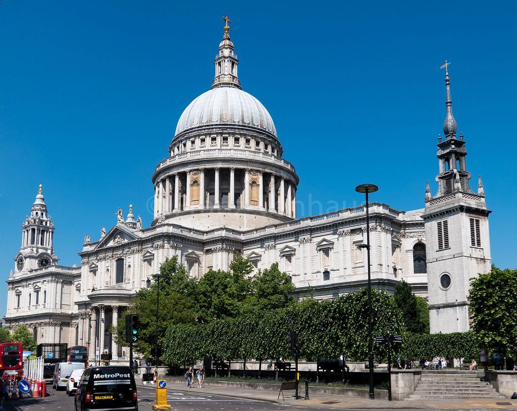 Katedra św. Pawła stoi w samym sercu Londynu