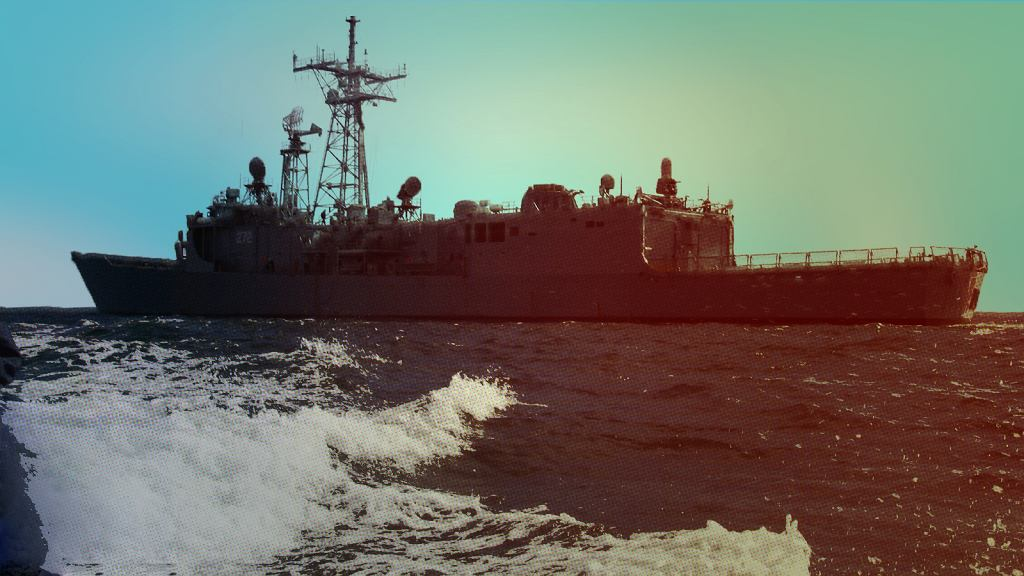 Jedna z dwóch polskich fregat na morzu