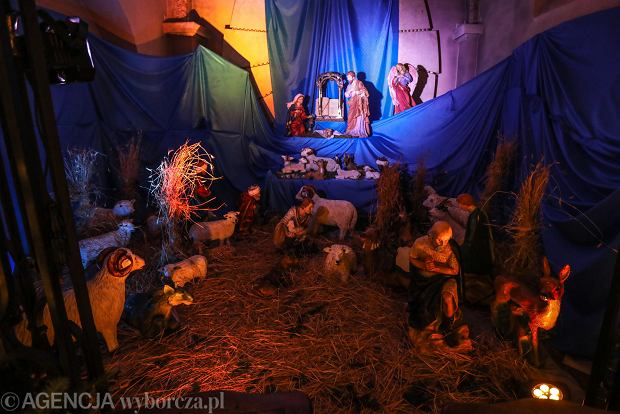 Zdjęcie numer 15 w galerii - Jezusek w skromnej stajence. Zobacz, jak wyglądają szopki w kieleckich kościołach [ZDJĘCIA]