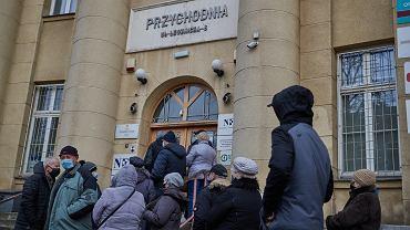 Zapisy na szczepienie na koronawirusa w Łodzi w przychodzi przy ul. Leczniczej.