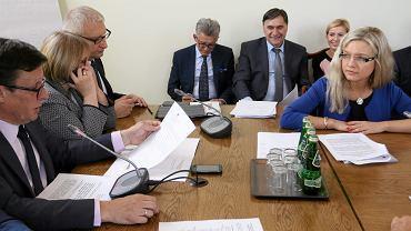Posiedzenie Komisji  Ustawodawczej, która proceduje powołanie Komisji Śledczej w sprawie Amber Gold