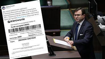 Zbigniew Girzyński pokazuje skierowanie na szczepienie. Poseł PiS broni się przed zarzutami