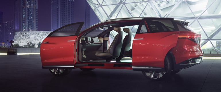 VW pokazuje kolejny koncept. Tym razem to wielki, elektryczny SUV. Na jednym ładowaniu nawet 450 km