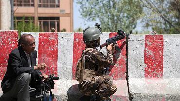 Afganistan. Starcia wojska z bojownikami w Kabulu