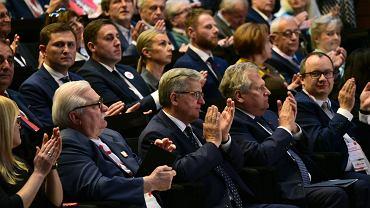 Byli prezydenci: Lech Wałęsa, Bronisław Komorowski i Aleksander Kwaśniewski podczas Międzynarodowego Forum Obywatelskiego 1989-2019. 'Narodziny nowej Europy'. Wydarzenie wpisuje się w obchody 30. rocznicy wyborów 4 czerwca 1989 r. Gdańsk, ECS, 4 czerwca 2019