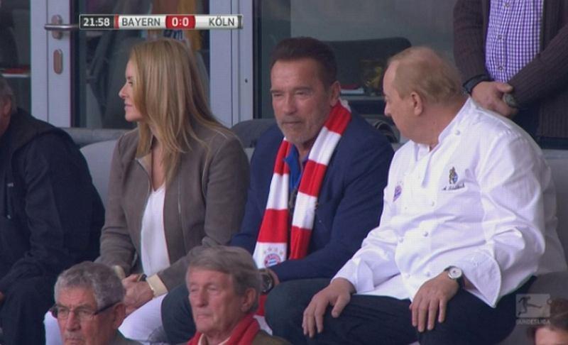 Arnold Schwarzenegger na meczu Bayernu Monachium