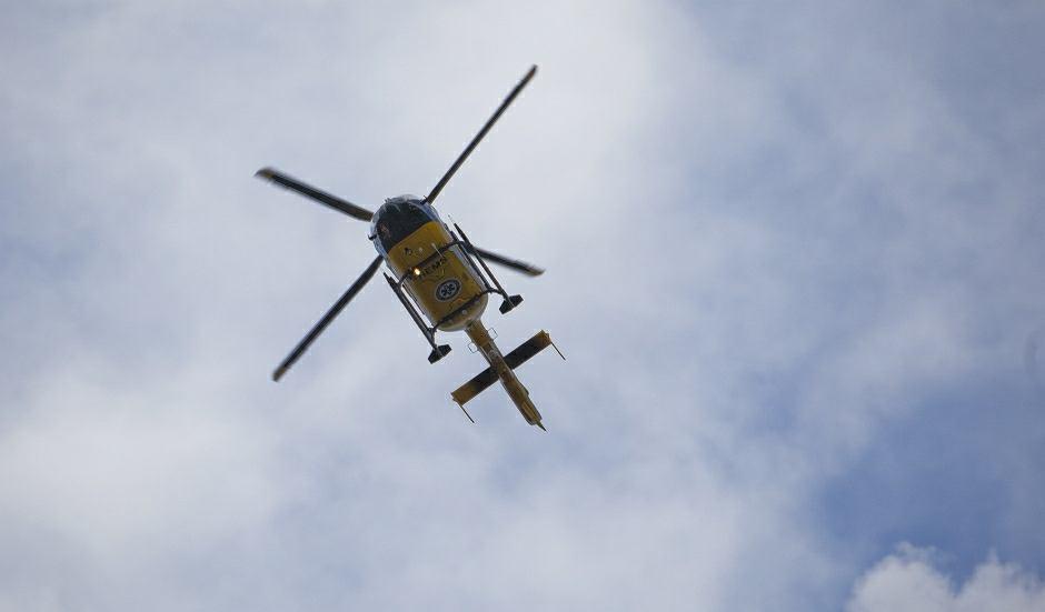 Ciężko ranną kobietę zabrano śmigłowcem LPR do szpitala