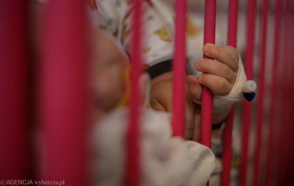 Małe dziecko (zdjęcie ilustracyjne)