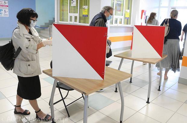 Zdjęcie numer 0 w galerii - Rogozino, Podolszyce, Imielnica - tak głosowaliśmy w drugiej turze w Płocku i okolicach [FOTORELACJA]
