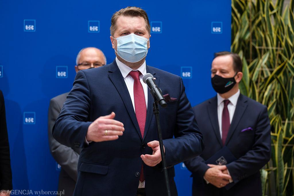 minister Czarnek obiecywał, że schudnie