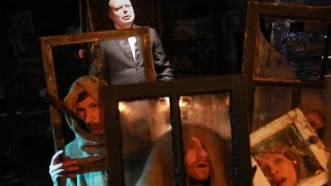 Próba spektaklu 'Dziady - Noc Pierwsza' w teatrze Wierszalin